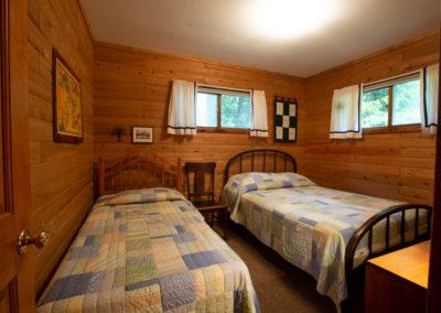 Birch-East-Shores-Cottages_Exterior17